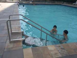 Escada piscina infantil (Copy)
